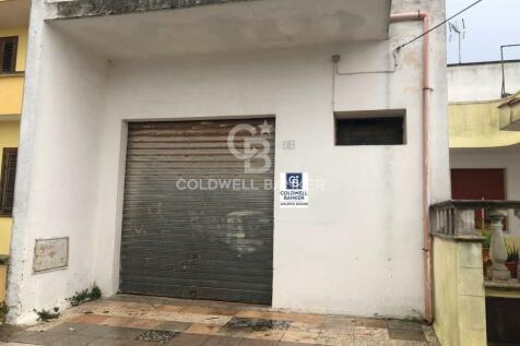 Apulia, Lecce, Andrano. Garages for sale