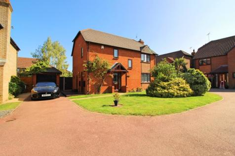 Wendover Close, Rochester. 4 bedroom detached house
