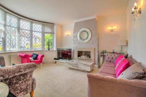 Upton Road, Bexleyheath. 5 bedroom semi-detached house for sale