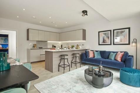 Harvey Road,  Redhill, Surrey, RH1 4EA. 4 bedroom semi-detached house