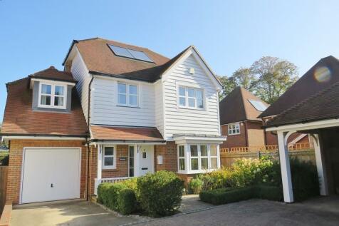 Millfield Close, East Grinstead. 4 bedroom detached house