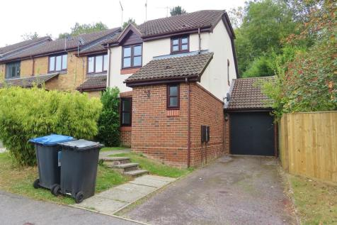 Woodbury Avenue, East Grinstead. 3 bedroom semi-detached house