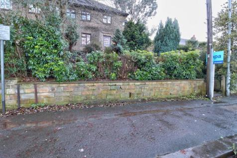 St. Johns Road, Huddersfield. 3 bedroom semi-detached house for sale