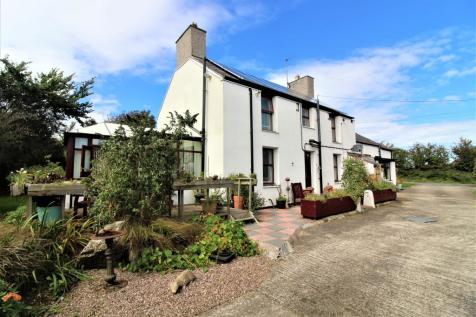 Llanfachraeth, Holyhead. 5 bedroom detached house for sale
