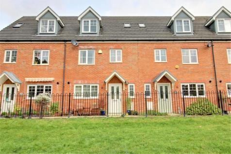 Kerridge Drive, Warrington. 4 bedroom town house for sale