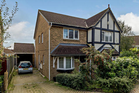 Old Grove Close, Waltham Cross. 4 bedroom detached house for sale