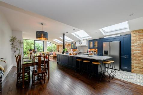 Montague Road, Ealing, London. 5 bedroom semi-detached house for sale