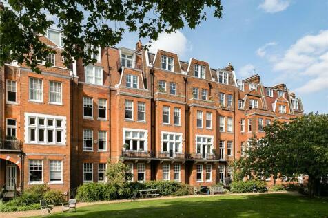 Sheffield Terrace, Kensington, London, W8. 3 bedroom apartment for sale