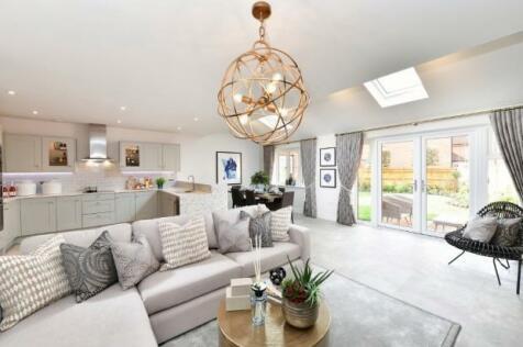 Leighwood Fields, Knowle Lane, Cranleigh, GU6 8GL. 4 bedroom detached house