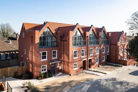 Oak Tree Gardens, Hatfield Road, St Albans. 4 bedroom town house for sale