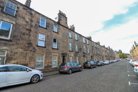 Bruce Street, Stirling Town, Stirling, FK8. 2 bedroom flat