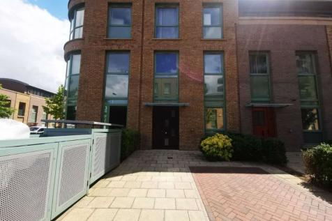 Ottley Drive. 2 bedroom apartment