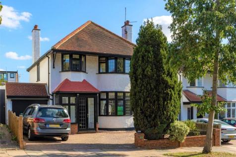 Hillway, Westcliff-on-Sea, Essex, SS0. 4 bedroom detached house for sale