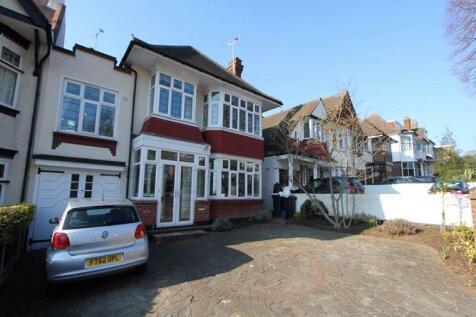 Chalkwell Avenue, Westcliff-on-Sea, Essex, SS0. 5 bedroom link detached house