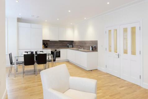 290 King Street, Ravenscourt Park, London, W6. 2 bedroom apartment