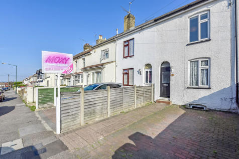 Napier Road, Gillingham. 2 bedroom terraced house