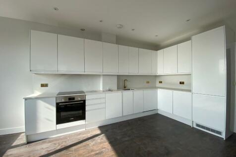 Granville Road, Golders Green, London, NW2 2LD. 2 bedroom flat