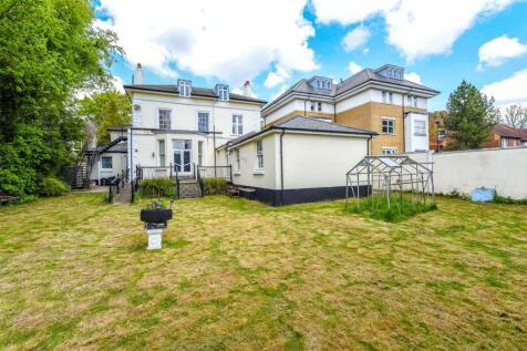 Linkfield Lane, Redhill, Surrey, RH1. 17 bedroom detached house