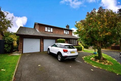 Riverdale Avenue, Waterlooville. 4 bedroom detached house for sale