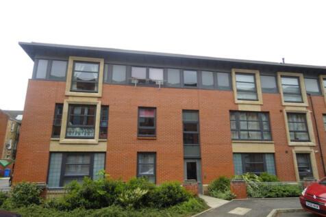 WHITEINCH, Medwyn Street. 2 bedroom flat