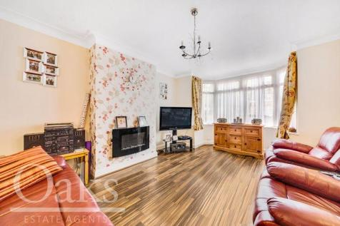 Havelock Road, Addiscombe. 3 bedroom end of terrace house