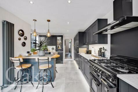 Davidson Road, Croydon. 3 bedroom terraced house