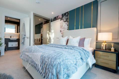 20 Buckhold Road, London, SW18 4WW. 2 bedroom apartment for sale