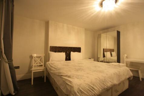 Lisson Grove, London, NW1. Studio flat