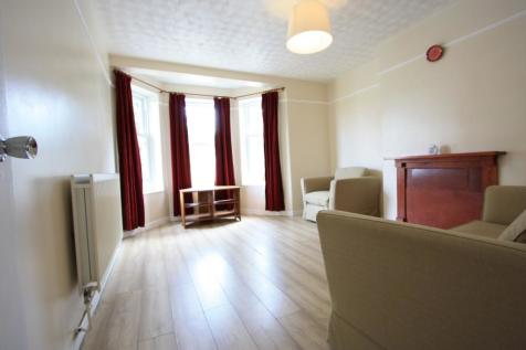 Loughborough Estate, London, SW9. 3 bedroom flat