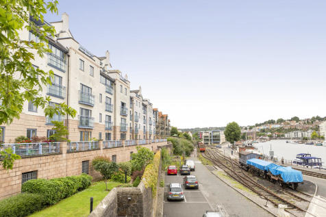 Harbourside, Bristol. 3 bedroom apartment