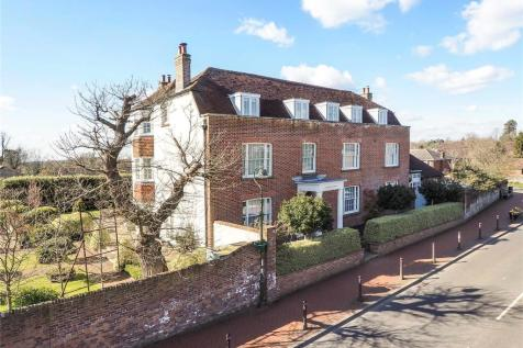 High Street, Cuckfield, West Sussex, RH17. 9 bedroom detached house for sale