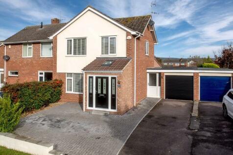 Galmington Road, Taunton. 3 bedroom semi-detached house for sale