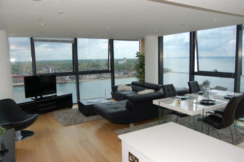 The Moresby Tower Admirals Quay, Ocean Way, Southampton, SO14. 3 bedroom apartment
