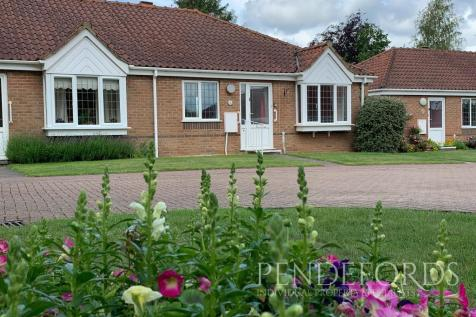 Havergate, Horstead. 2 bedroom terraced bungalow for sale