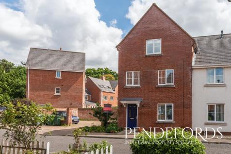 Morris Drive, Little Plumstead. 4 bedroom end of terrace house for sale