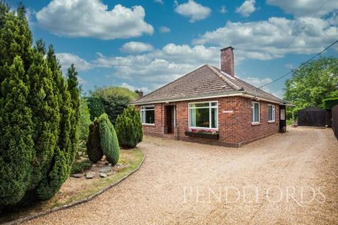 Buxton Road, Horstead. 3 bedroom detached bungalow for sale