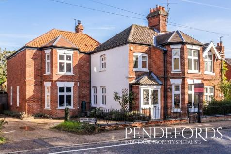 Church Street, Coltishall. 4 bedroom semi-detached house for sale
