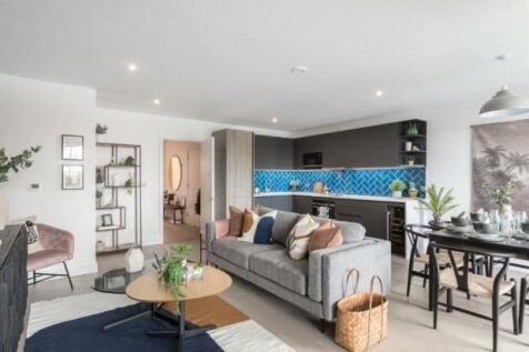 Hackeny Road, Shoredicth, London, E2. 3 bedroom property for sale