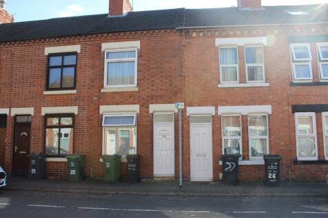 Shakespeare Street, Loughborough,. 4 bedroom end of terrace house