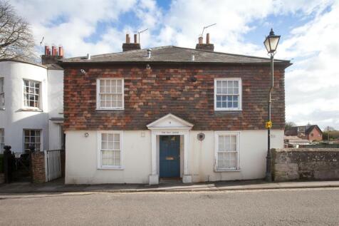 St Nicholas Road, Salisbury. 1 bedroom flat
