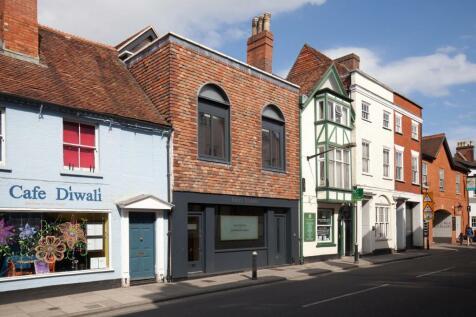 Crane Street, Salisbury. 3 bedroom flat for sale