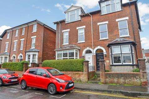 Marlborough Road, Salisbury. 5 bedroom house for sale