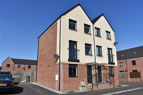 Golwg Y Garreg Wen, Swansea Central. 3 bedroom town house for sale