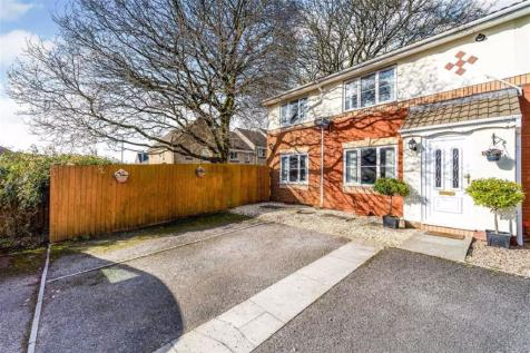 Charlotte Court, Townhill. 4 bedroom semi-detached house for sale