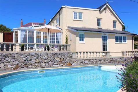 Oxwich, Swansea. 5 bedroom detached house