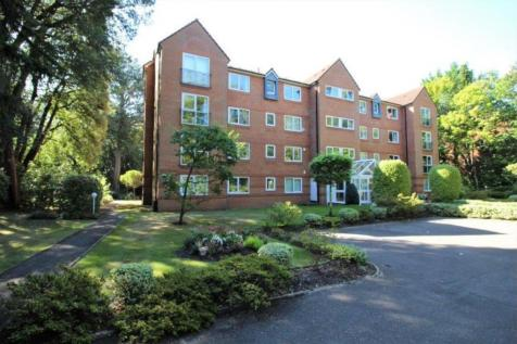 Balcombe Road, Branksome Park, BH13 6DY. 3 bedroom apartment