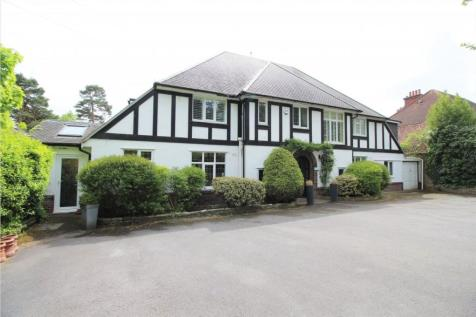 East Avenue, Talbot Woods, BH3 7BT. 6 bedroom detached house