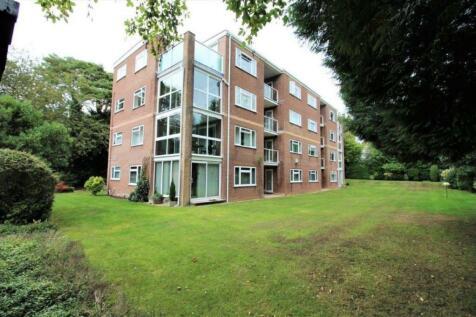 Burton Road, Branksome Park, BH13 6DT. 3 bedroom apartment