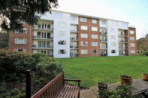 The Avenue, Branksome Park, BH13 6AH. 4 bedroom apartment