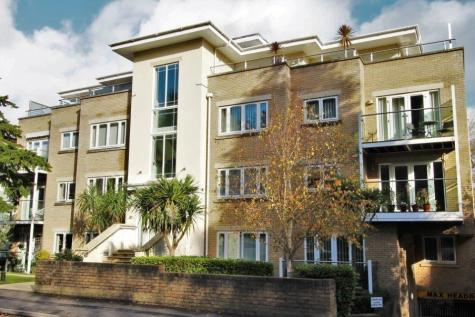 Surrey Road, Bournemouth, Dorset, BH4. 2 bedroom apartment for sale